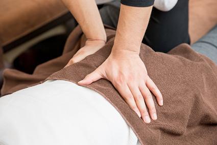 身体に負担のかからない優しい施術で症状を改善します