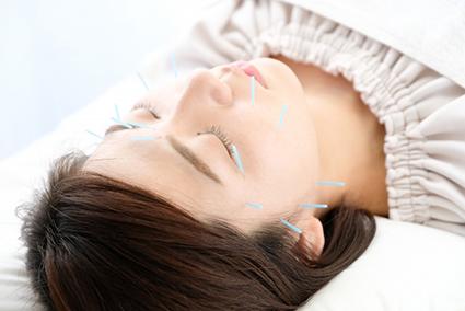 肌の内側から働きかけ全身の治癒力を高める施術です