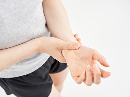同じ動きを繰り返す作業も腱鞘炎の原因になります